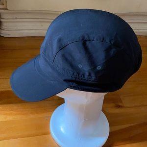 Lululemon cap